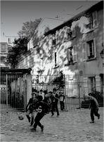 A Montmartre, le terrain de jeux est immuable... # 8