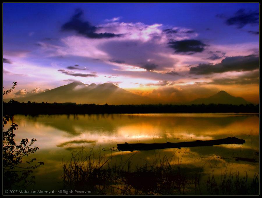 a Simple 'dusk' Reflection...