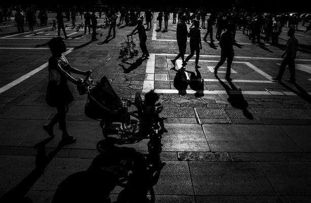 a spasso con le ombre