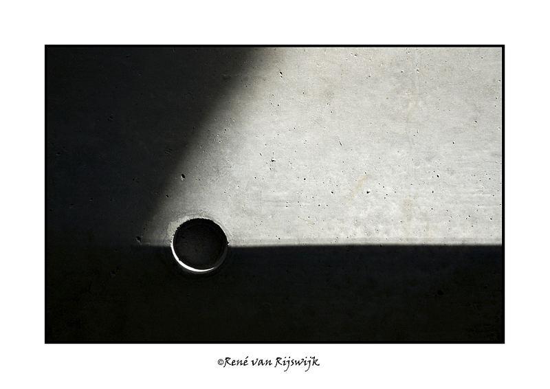 A striking light hole