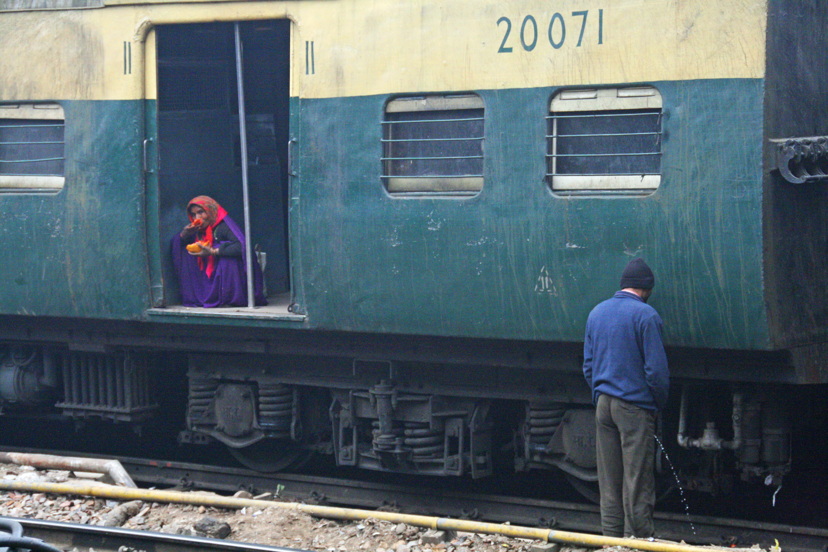 A train stop  in New Delhi Railway Station:D