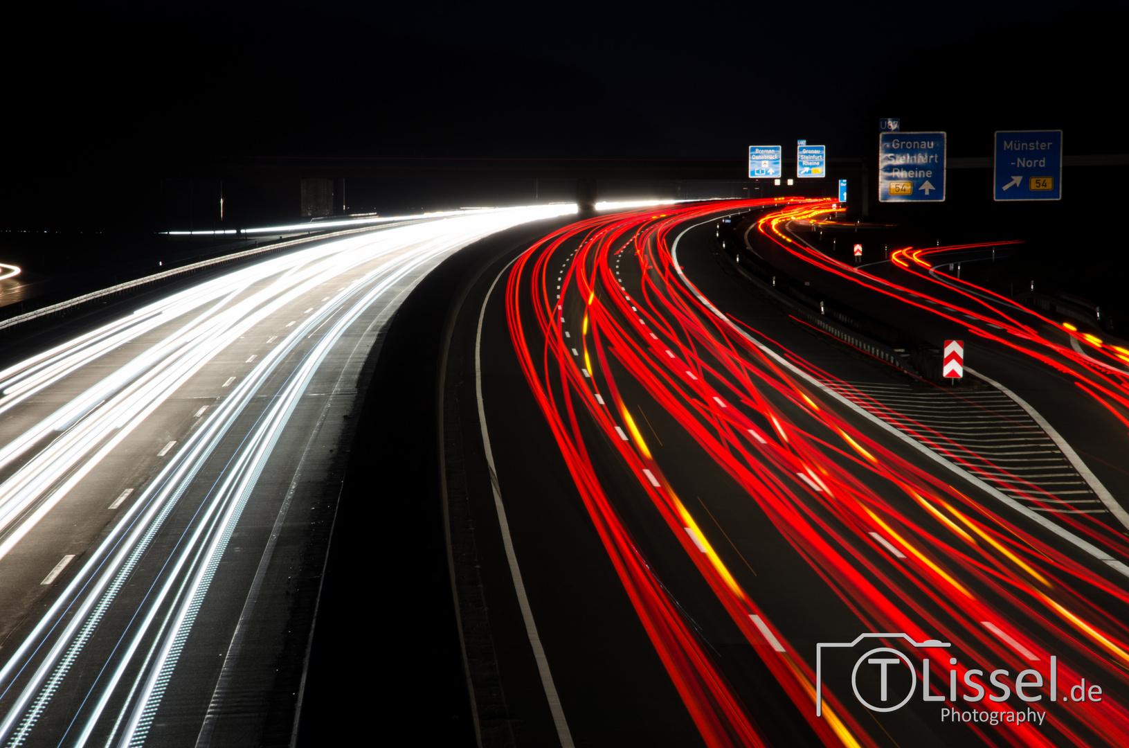 A1 bei Nacht