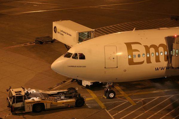 A330-243