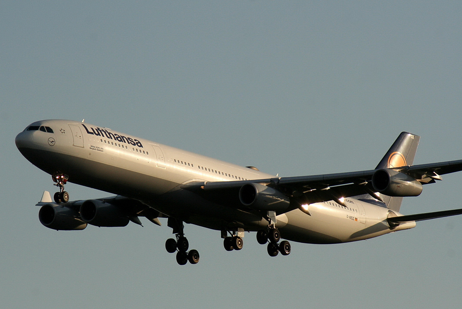 A340-300 D-AIGS