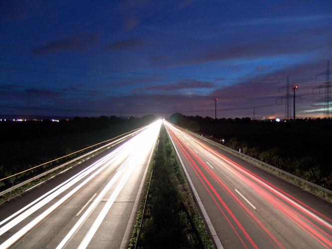 A4 bei Nacht II