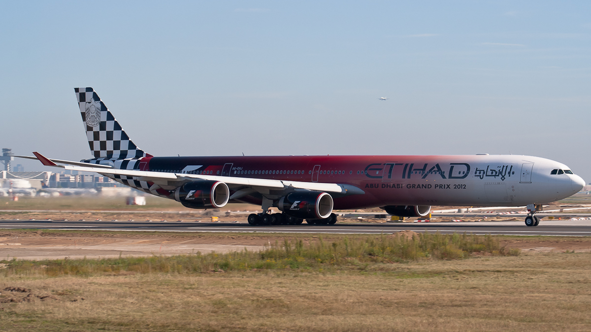 A6-EHJ Etihad Airways Airbus A340-600 Abu Dhabi GrandPrix c/s