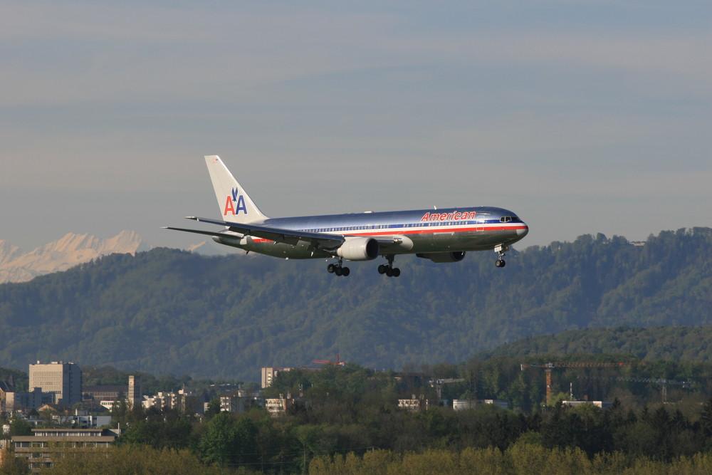 AA 64 inbound from KJFK , Boeing 767-300 ER