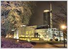 Aalto-Theater Essen mit RWE Tower