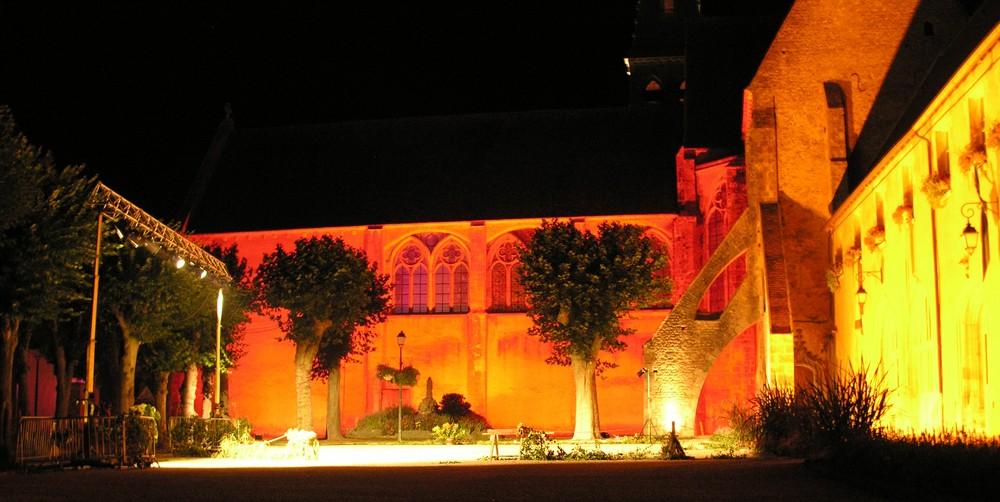 Abbaye de Ferrieres en gatinais de nuit
