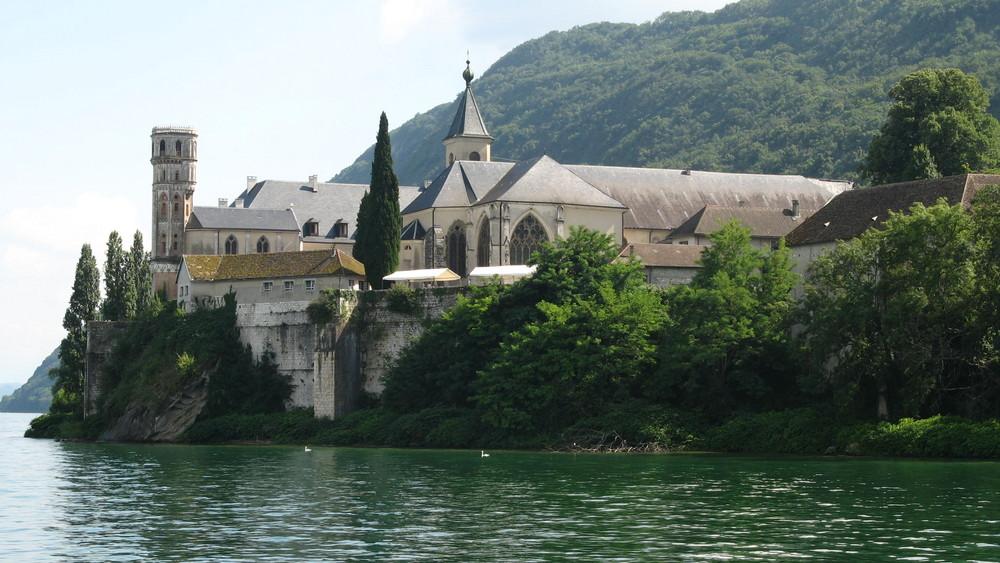 Abbaye de Haute Combe (Lac du Bourget, Aix les Bains)