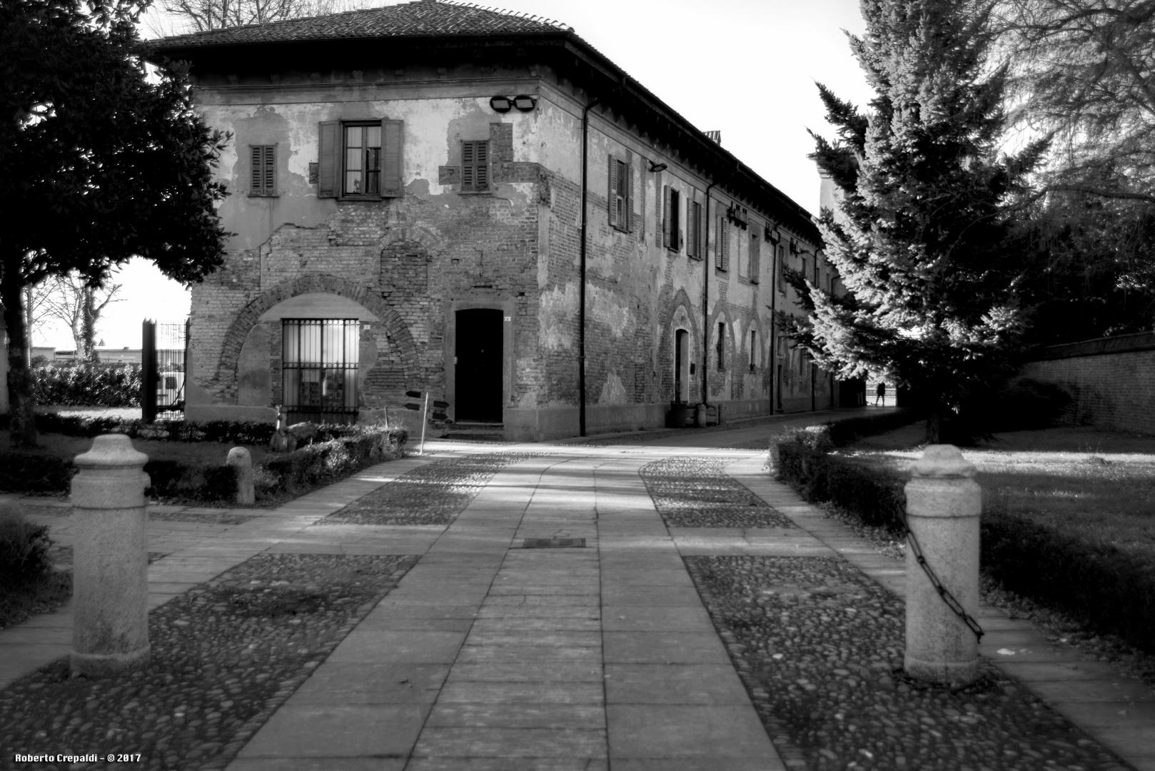 Abbazia di Chiaravalle, cortile