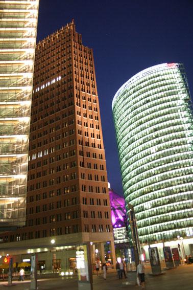 abend am Potsdamer Platz