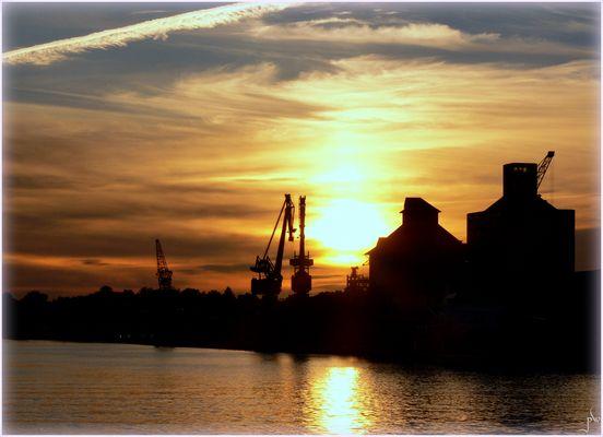 Abend am Rendsburger Kreishafen