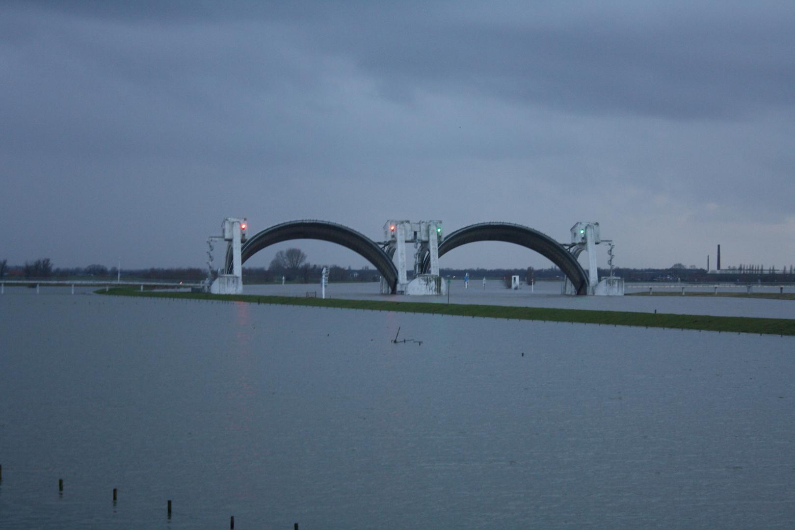 Abend am Rhein bij Driel (NL)