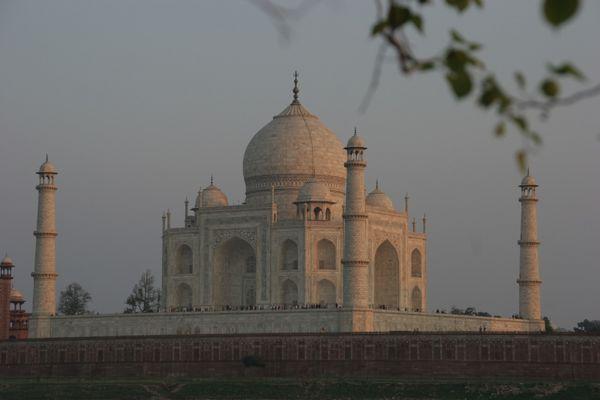 Abend am Taj Mahal zum 1xxx-ten - Ein letzter Blick zurück.