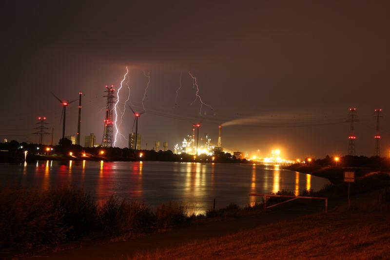 Abend Gewitter an der Weser part 3