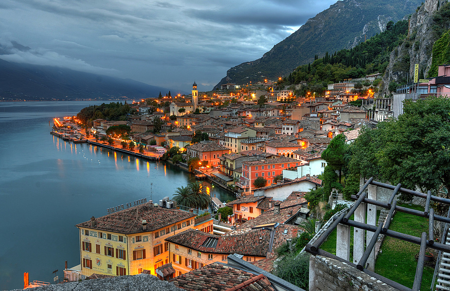 Abend in Limone
