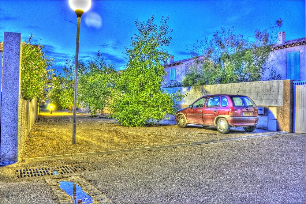 Abend mit Regenpfütze (HDR)