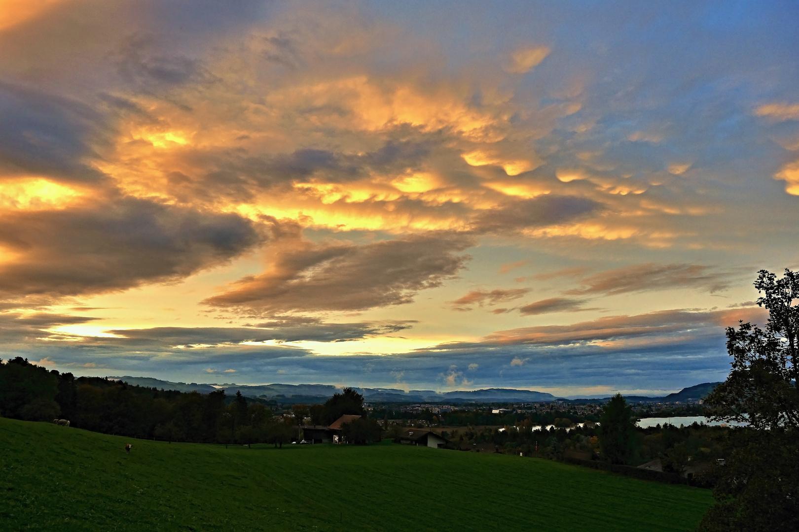 Abend über Thun