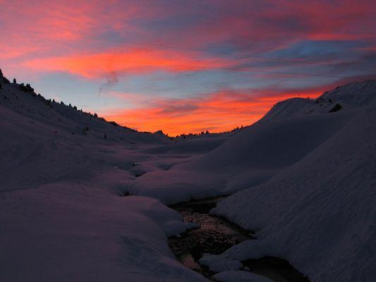 abendglühen im schnee