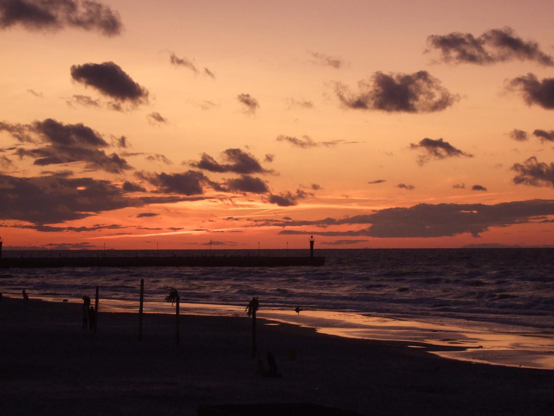 Abendhimmel an der Ostsee. Ein Altes Bild von 2008. Polen.