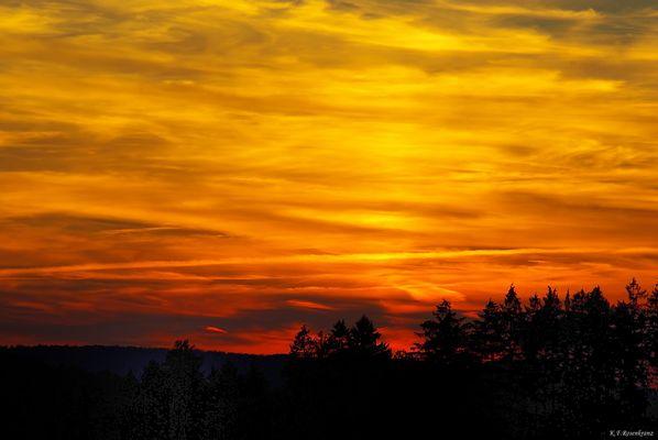 Abendhimmel über dem Sauerland...