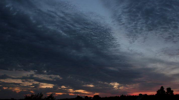 Abendhimmel Wolkenzug