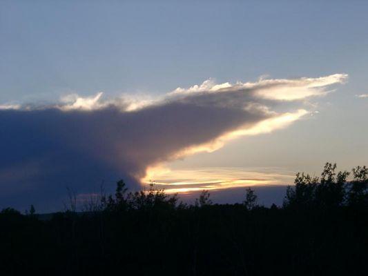 Abendliche Wolken in Kanada
