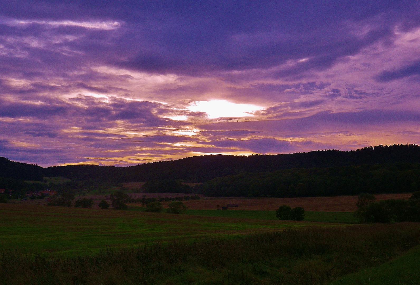 abendliche Wolkestimmung in den Reinsbergen (Thüringen)
