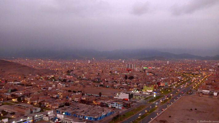 Abendlicher Blick auf Lima