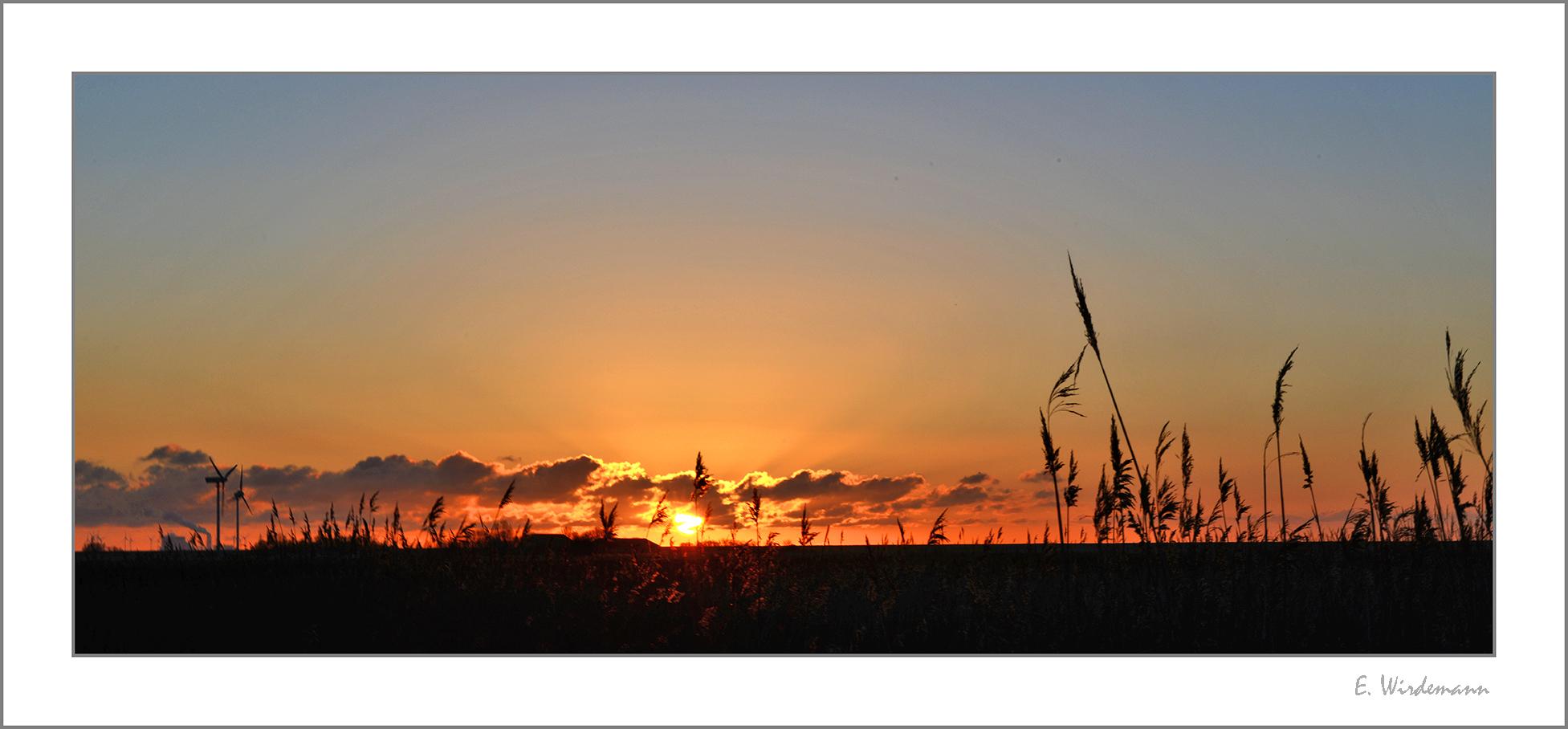 Abendlicher Horizont in Ostfriesland