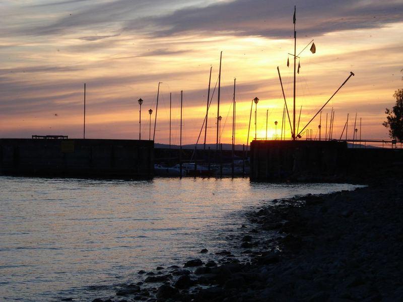 Abendlicher Yachthafen