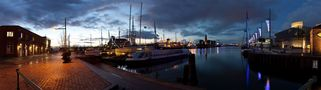 abendliches Hafenpanorama de Olaf Jainz
