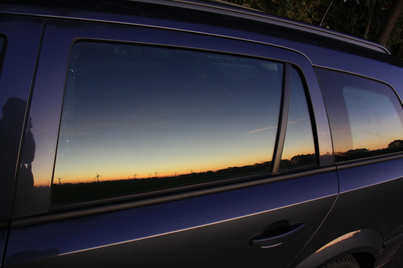 Abendlicht am Auto