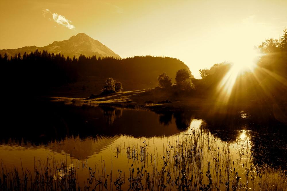 Abendlicht am Golzernsee