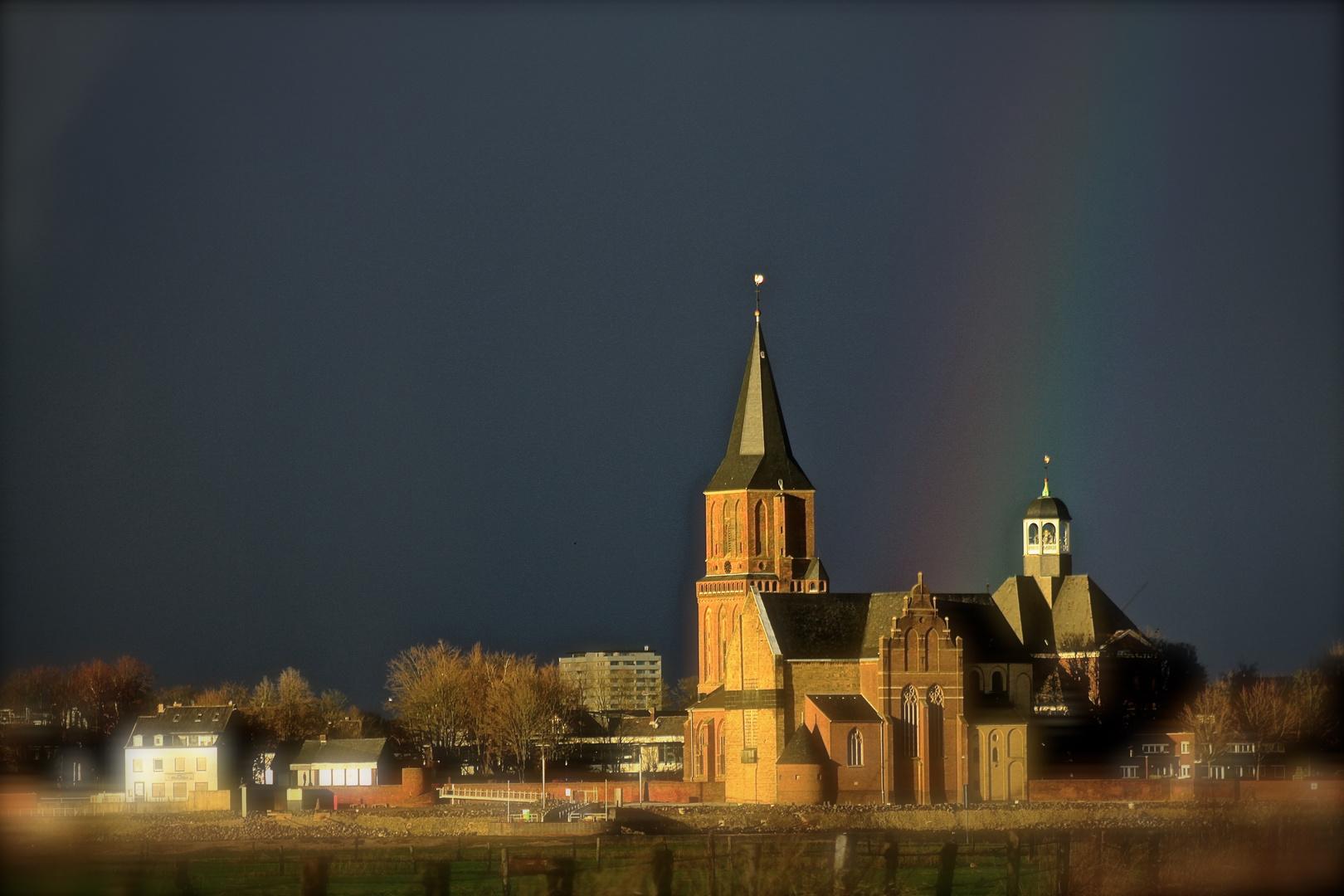 Abendlicht und Regenbogenfarben