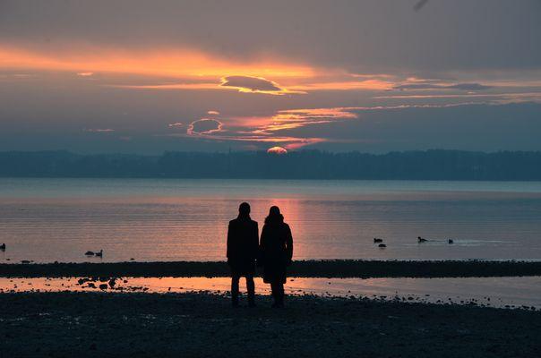 Abendpaar am Chiemsee