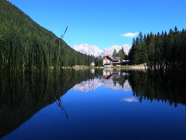 Abends am Lago Nambino mit Blick in die Brenta