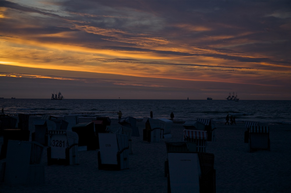 """ Abends am Meer """