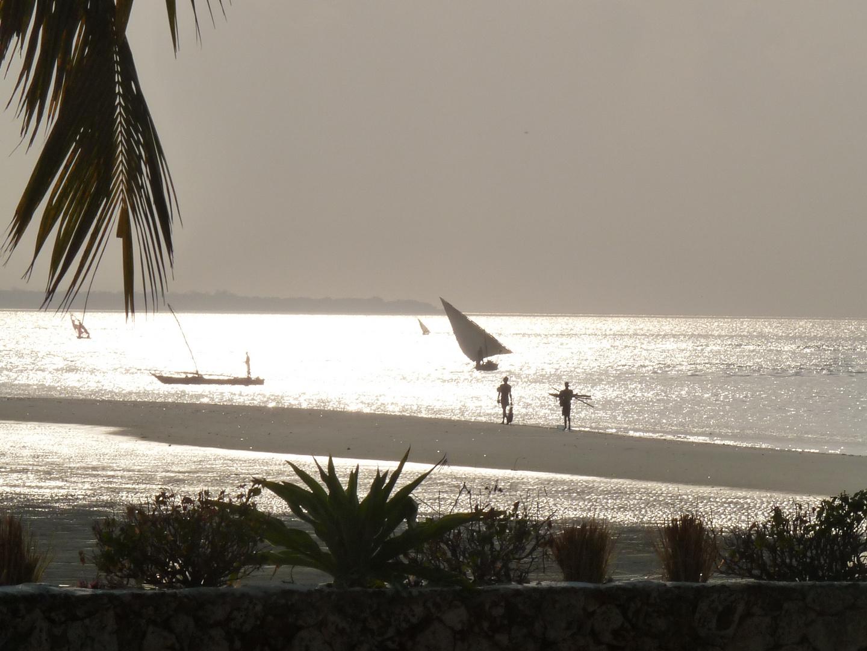 Abends am Strand von Daressalam