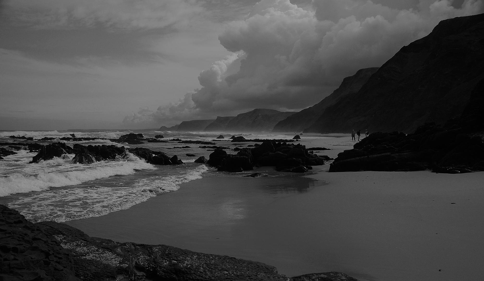 Abends an der Atlantikküste im Südwesten Portugals