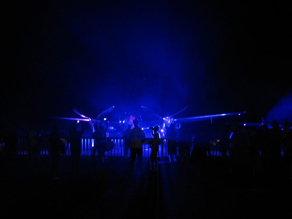Abends auf dem Flugplatz