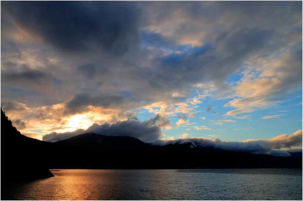 Abends auf dem Geiranger Fjord