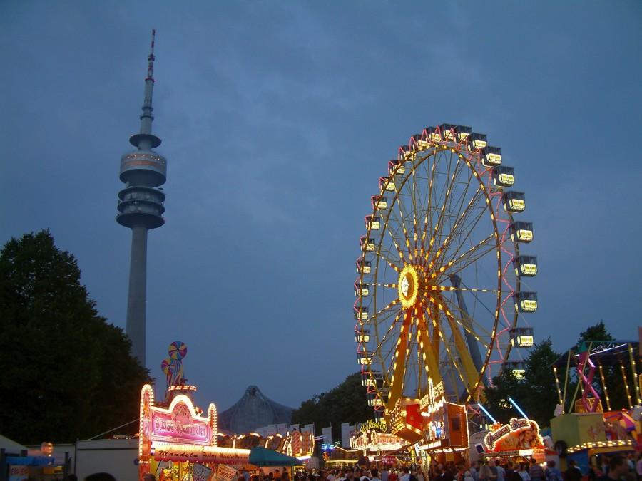 Abends im Olympiapark