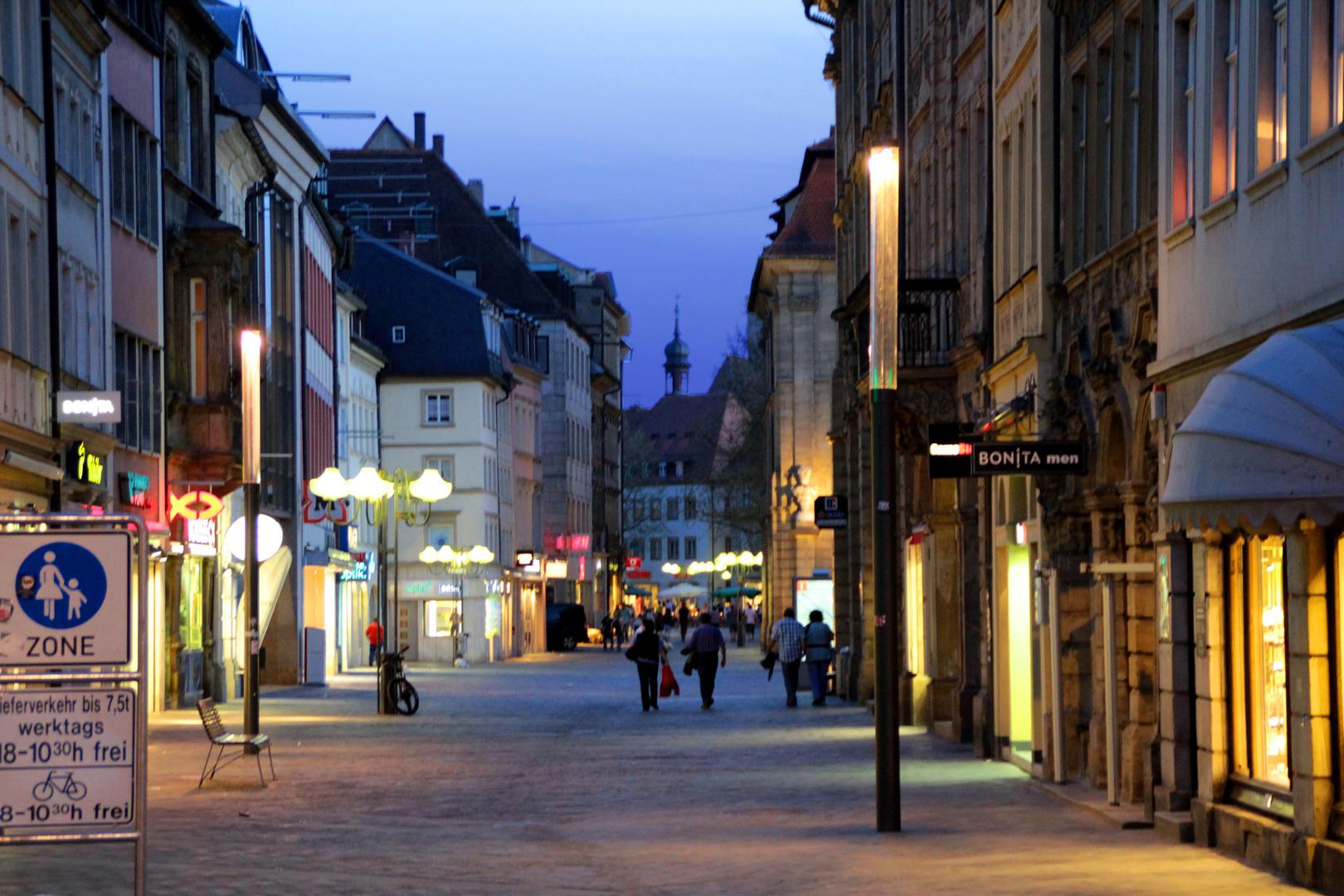 Abends in der Stadt