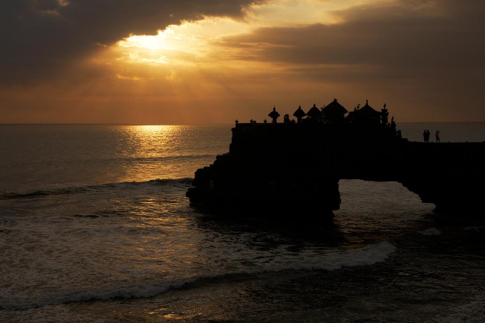 Abendsonne bei Tanah Lot