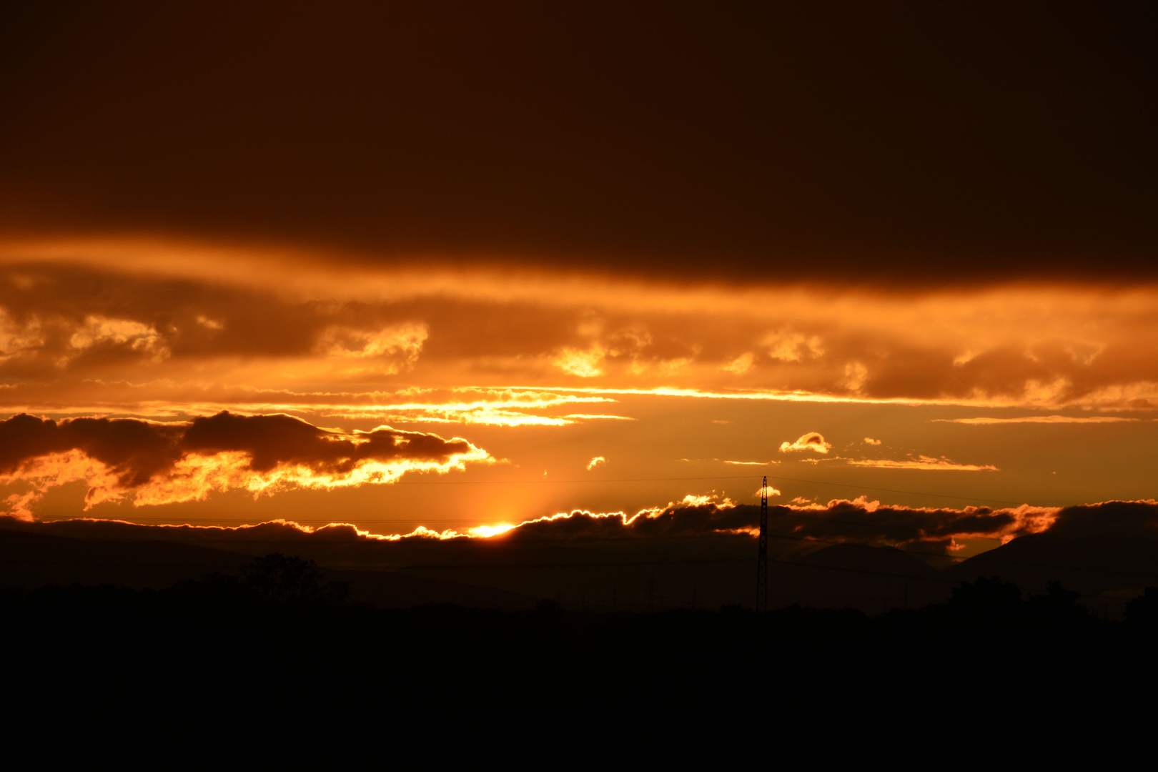 Abendsonne hinter dem Wolkenmeer