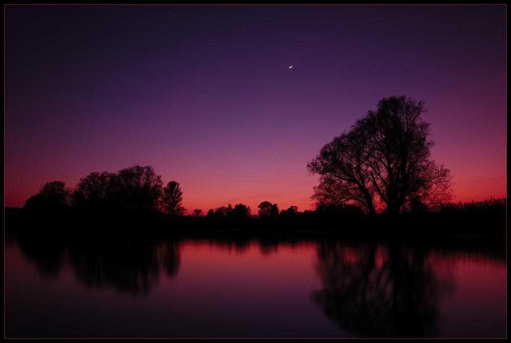 Abendstern, Abendrot und neuer Mond ...