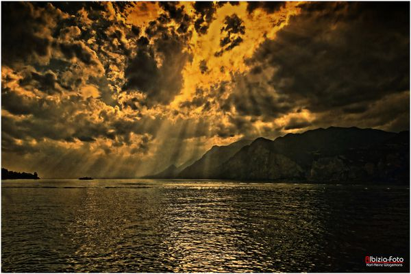 Abendstimmung am Gardasee (Malcesine)