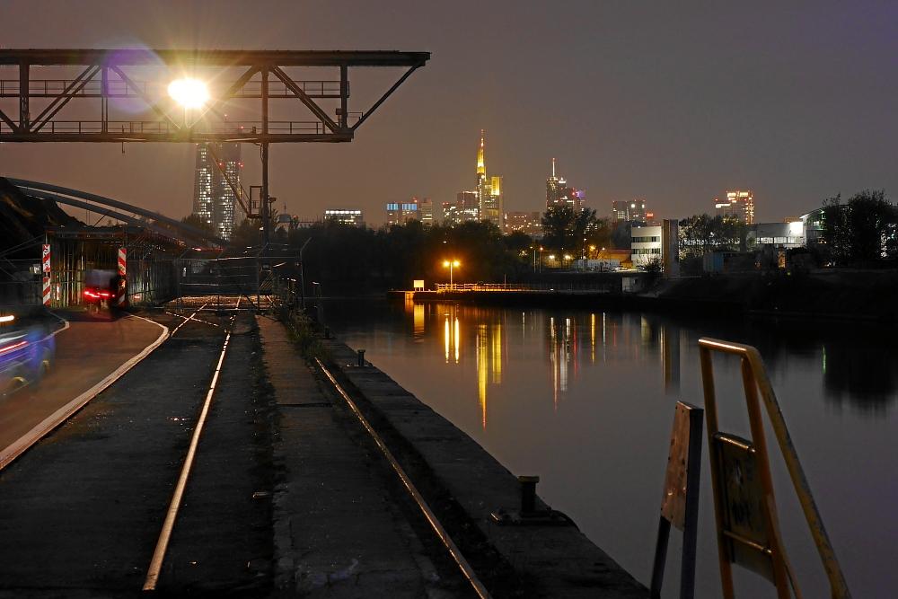 Abendstimmung am Offenbacher Hafen